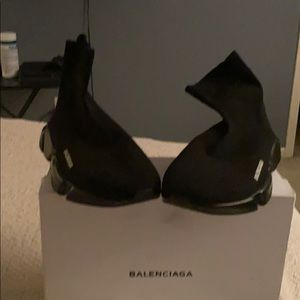 BALENCIAGA BRAND NEW NEVER WORN